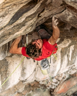 Stefano Ghisolfi repeating Change, the first 9b+ in the world established by Adam Ondra in 2012 at Flatanger in Norway.