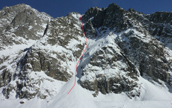 The SW couloir of Col du Brouillard