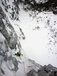 Questo Gioco Di Fantasmi, primi salitori: Barry Bona e Peter Moser (Cimon di Palantina 2190m, Gruppo Col Nudo - Cavallo)