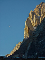 Aguja Desmochada, Aguja de La Silla e Cerro Fitz Roy, Patagonia