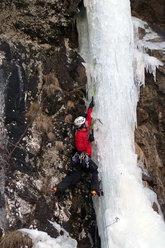 Martin climbing Senza Nome