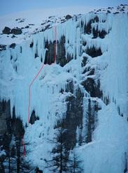 The line of Eisföhnig M7+/WI7 (Benedikt Purner, Alex Blümel 09/02/2011), Renkfälle, Austria