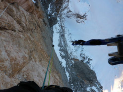 Fabio Valseschini with haulbags in the overhangs of Via dei 5 di Valmadrera, Civetta, Dolomites