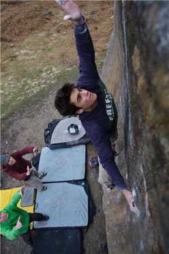 Niccolò Ceria, Deliverance 7B+, Peak District (GBR)