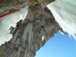 Florian Riegler climbing Dolasilla M13-, Fanes, Dolomites, Italy