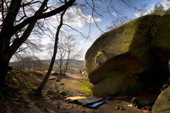 Katy Whittaker and Michele Caminati, English gritstone repeats