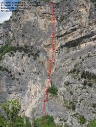 La tigre, il daino e il gladiatore (380m, 7c+/8a, 7c obbl.) sulla parete del Limarò (Piccolo Dain, Valle del Sarca).