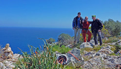 Luca Giupponi, Rolando Larcher & Nicola Sartori after the ascent of La banda del buco , on the summit of Antro della Perciata, Palermo, Sicily