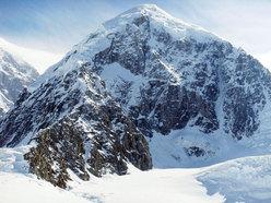 Kahiltna Peaks West (3914m, Gruppo del McKinley-Denali, Alaska)