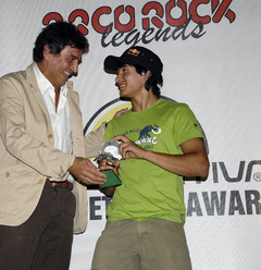 Lorenzo Delladio, CEO La Sportiva giving David Lama the La Sportiva Competition Award