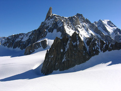 The Dente del Gigante (4013m), Mont Blanc