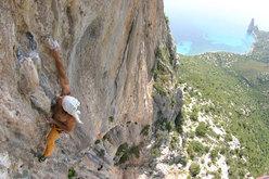 Mauro Bubu Bole climbing Mezzogiorno di fuoco