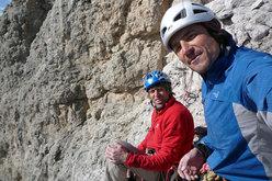 In primo piano Mario Prinoth, sullo sfondo Bruno Pederiva