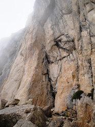I primi tre tiri di Geometrie esistenziali, parete est Corno Piccolo, Gran Sasso