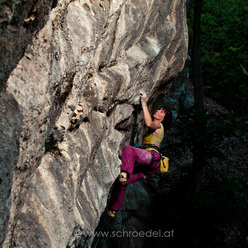 Barbara Raudner repeating Indotimes 8b+, Höllental, Austria