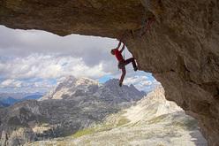 Luka Krajnc sale Bellavista 8c, Tre Cime di Lavaredo, Dolomiti