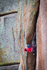 Tom Randall climbing 'On a Wing and a Prayer' 5.12c