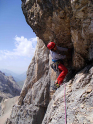 Hansjörg Auer during the first free ascent of Colpa di Coda