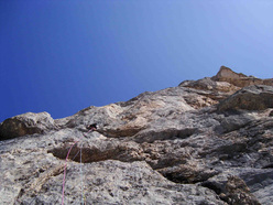 Gerhard Fiegl during the first free ascent of Colpa di Coda.