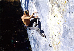 Alessandro Jolly Lamberti in 2004 repeating Bain de Sang 9a at Saint Loup in Switzerland.