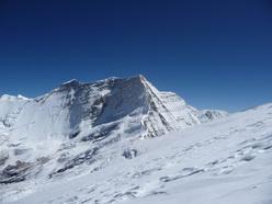 Il Churen Himal, una delle 10 cime nel massiccio del Dhaulagiri.
