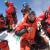 Ueli Steck in cima al Everest il 18/05/2012.