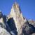 El Zorro (700m, 5.10, A1, Colin Haley, Sarah Hart, 21/02/2013) parete ovest di Mojon Rojo in Patagonia.