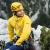 L'alpinista svizzero Roger Schäli