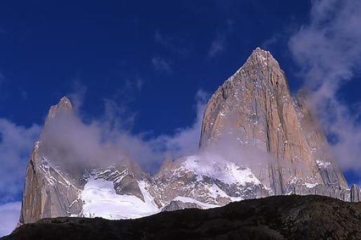 Patagonia: Aguja Poincenot & Fitz Roy climbed by Corrado Pesce, Pierre Labbre and Damien Tomasi