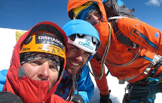 Cordillera Huayhuash, alpinism in Peru for Tito Arosio, Saro Costa and Luca Vallata.