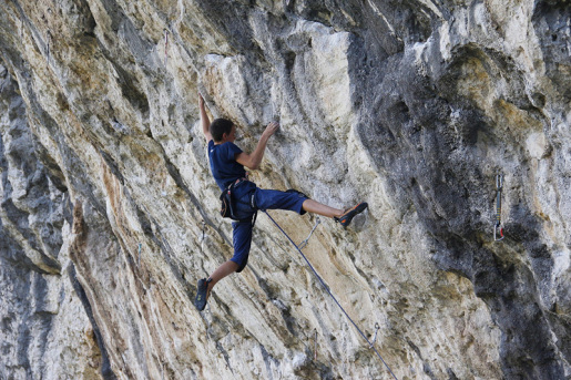 Giorgio Bendazzoli sends first 8c at Covolo