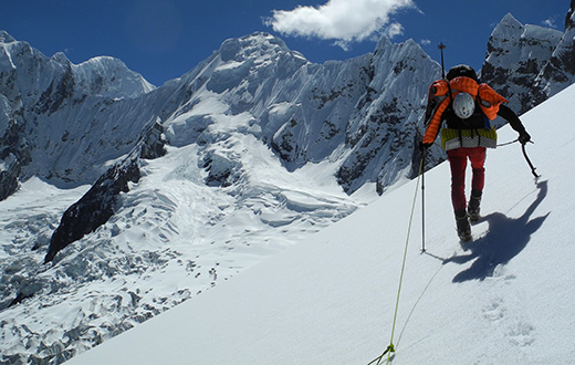 Cordillera Huayhuash, new routes in Peru for Carlo Cosi and Davide Cassol