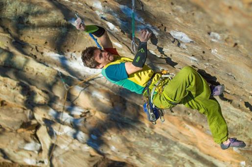 Stefano Ghisofli rocks Red River Gorge