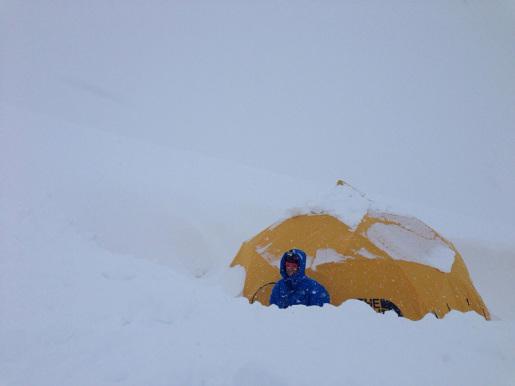 Manaslu Expedition 2015 - Simone Moro e Tamara Lunger lasciano temporaneamente il Campo Base