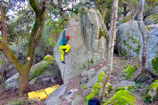 Rock & Walls 2015 Boulder Contest at Luogosanto in Sardinia