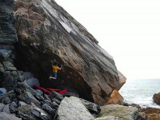 Nacho Sanchez: il video del boulder Cthulhu ad Arnao