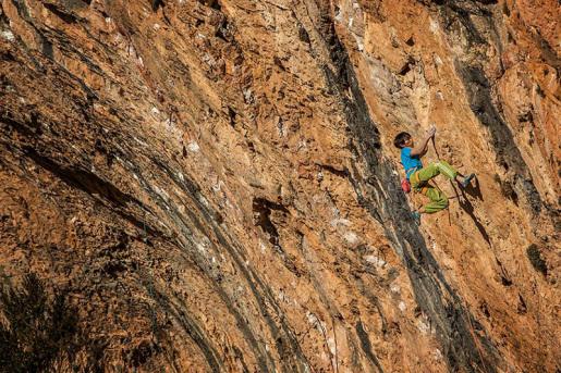 Sachi Amma climbing hard at Oliana and Santa Linya, Spain