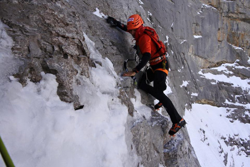 Ueli Steck sets new speed record on Eiger North Face