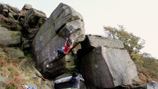 Niccolò Ceria climbing Voyager in UK's Peak District