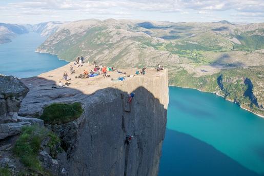 #Norwegianstyle, new trad climb on Norway's Preikestolen