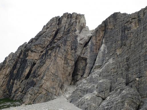 Dolomites rockfall between III & IV Bastione de Mondeval