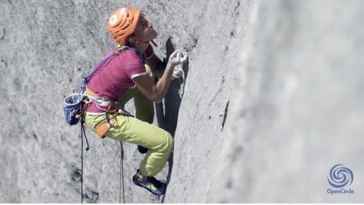 Federica Mingolla climbing Fisch - Attraverso il Pesce - up Marmolada, Dolomites