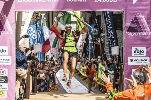 Oliviero Bosatelli wins the Tor des Géants 2016!