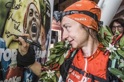 Lisa Borzani first across the finishing line at the Tor des Géants 2016