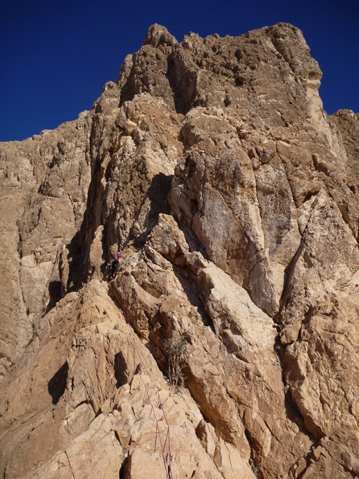 Un errore di calcolo… 2011, storia di una incredibile nuova via di arrampicata in Oman