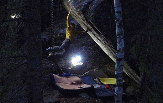 Nalle Hukkataival climbs Burden of Dreams and proposes world's first 9A boulder problem