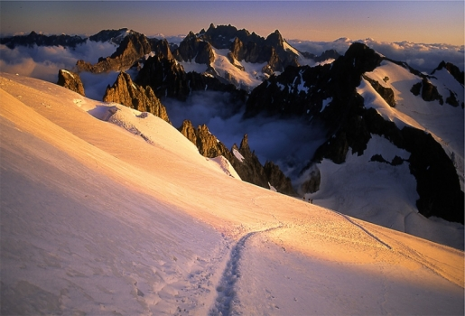 4000m Peaks in the Alps. Ski Touring and Steep Skiing