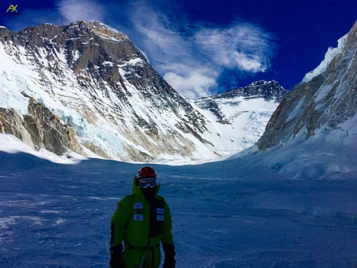 Alex Txikon sets off on last Everest attempt