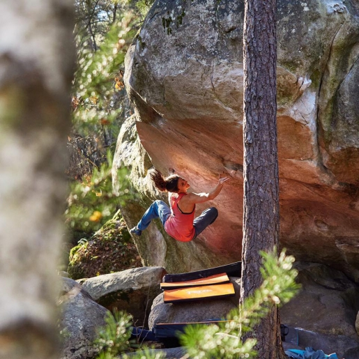 Mélissa Le Nevé becomes first woman to boulder 8B+ at Fontainebleau