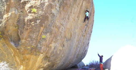 Video: Nina Williams climbing Ambrosia at Buttermilks